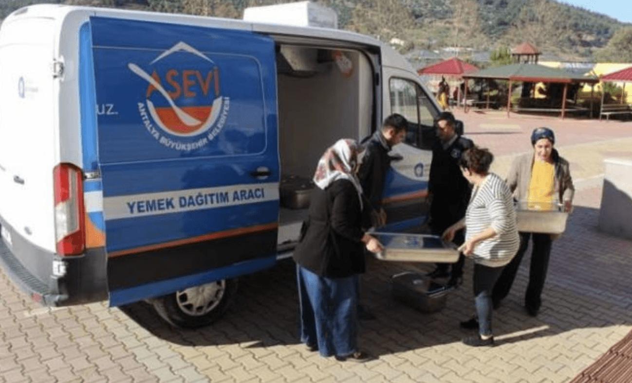 В Аланье работает бесплатная столовая для нуждающихся