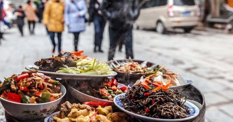 Как есть уличную еду в путешествиях и не отравиться