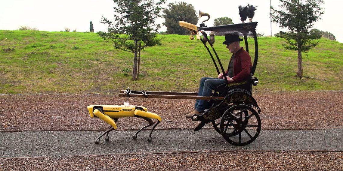 Видео дня: робота Boston Dynamics запрягли в повозку
