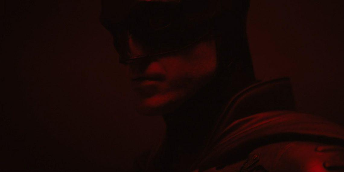 Роберта Паттинсона показали в костюме Бэтмена