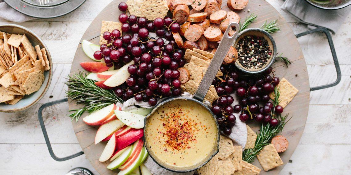 Средиземноморская, палеодиета или интервальное голодание: какая диета эффективнее? - Лайфхакер