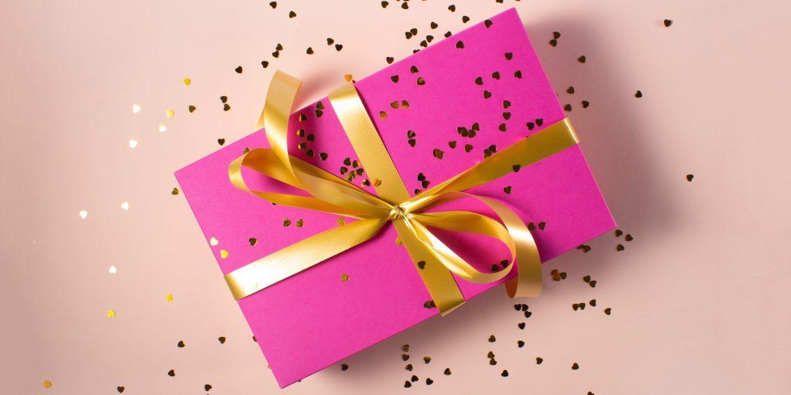 7 вещей, которые не стоит дарить на 14 февраля