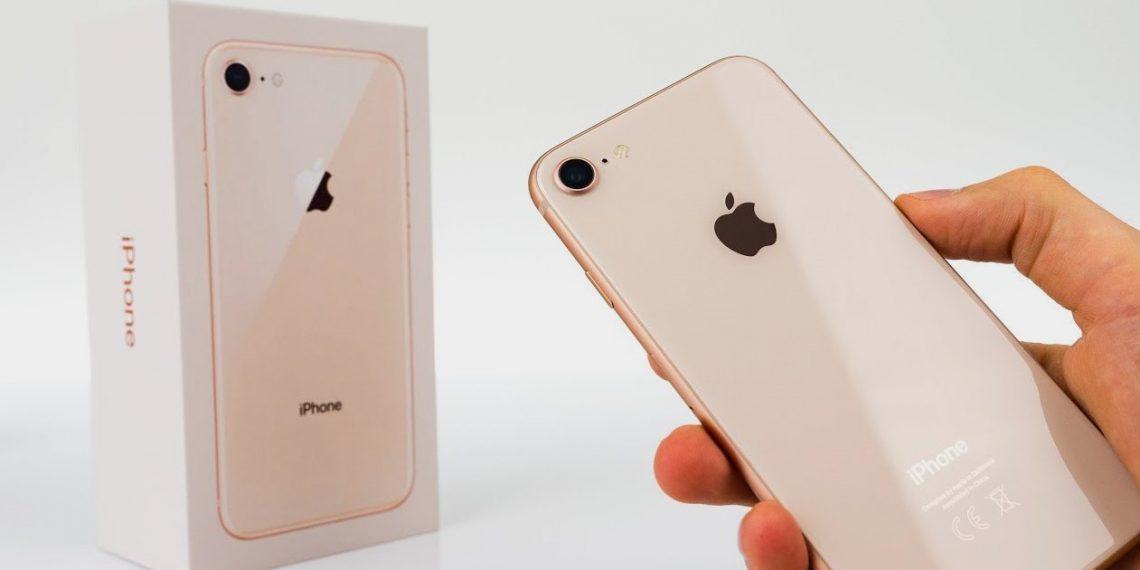 Apple выпустит новый iPhone 9 уже в марте