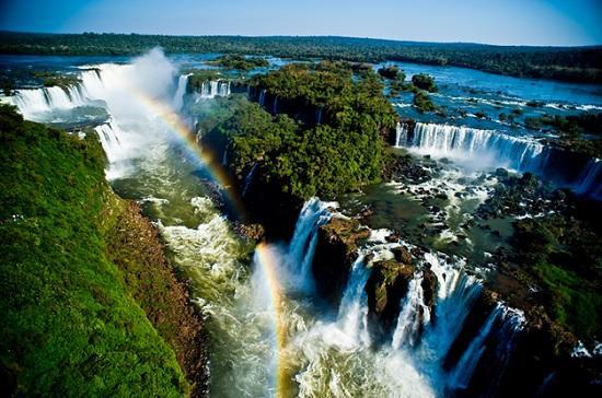 Водопад Игуасу в Аргентине – сказочный мир водопадов
