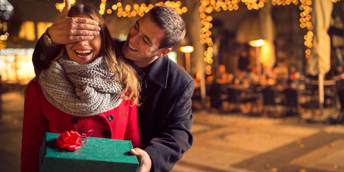 10 подарков на 8 Марта, от которых у неё захватит дух