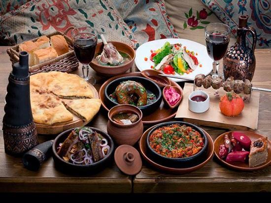 Гастротуризм в Грузии: ТОП-5 блюд, которые не оставят равнодушным ни одного гурмана