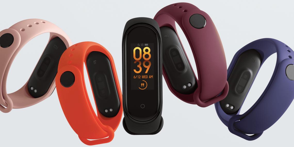 Xiaomi выпустила Mi Smart Band 4 с NFC и бесконтактной оплатой в России