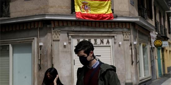 Дешёвый алкоголь и всеобщее тестирование: как может измениться отдых в Испании после карантина