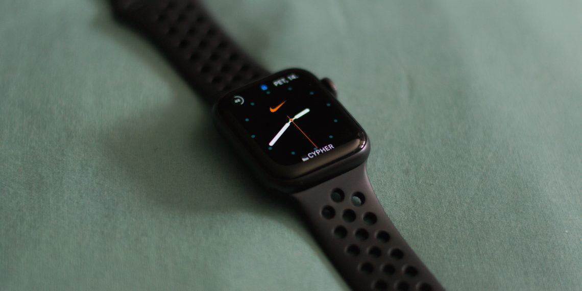 Вместе с iPhone 12 выйдут сразу две модели Apple Watch