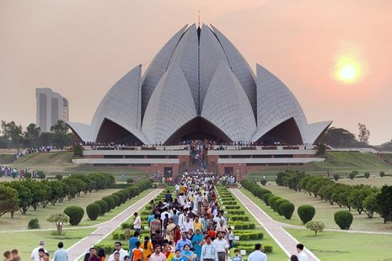 В Дели открыты отели, бары, рестораны – позитивная новость для туристического отдыха в Индии