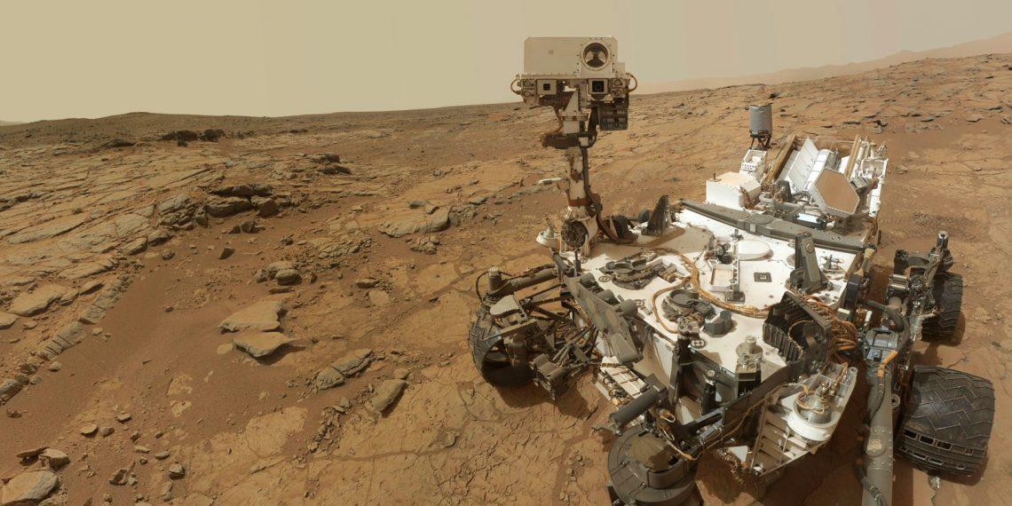 На Марсе нашли систему озёр с жидкой водой