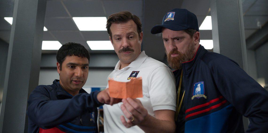 Apple продлила сериал «Тед Лассо» на 3-й сезон