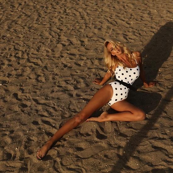 Российские звёзды активно рванули на отдых в ОАЭ — Светлана Лобода в секси-бикини снялась в Дубае!