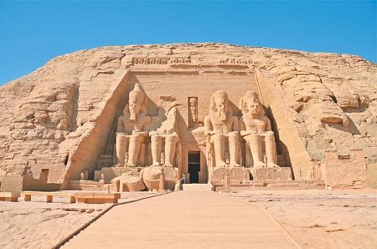 Подарок Египта туристам из России — бесплатные визы на курорты Египта в зимний сезон + возобновление авиасообщений с Шарм-эль-Шейхом и Хургадой