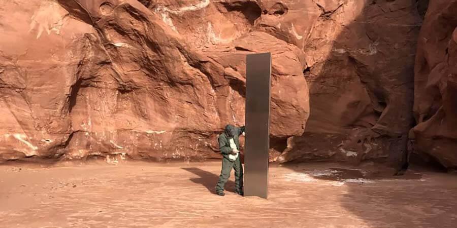 В пустыне Юты обнаружили загадочный обелиск