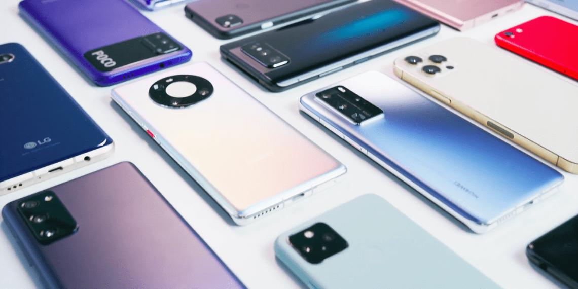 MKBHD назвал 8 лучших смартфонов 2020 года