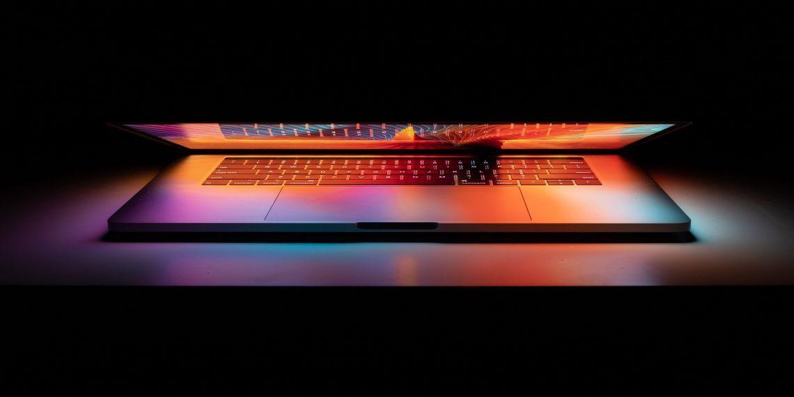 Apple продлила программу ремонта MacBook Pro 2016