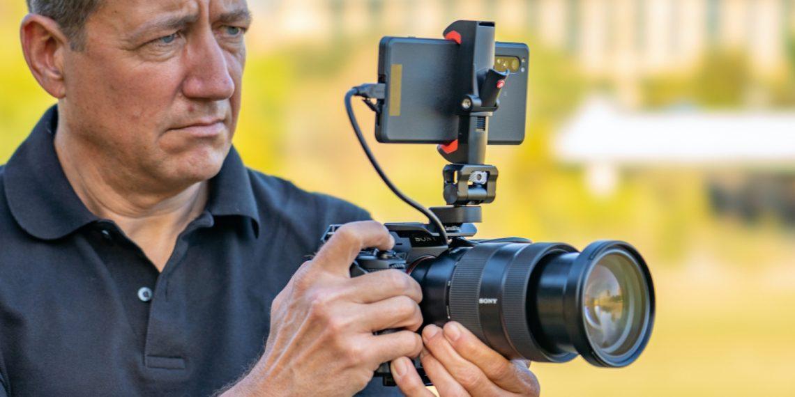 Sony выпустила смартфон Xperia Pro с HDMI-портом