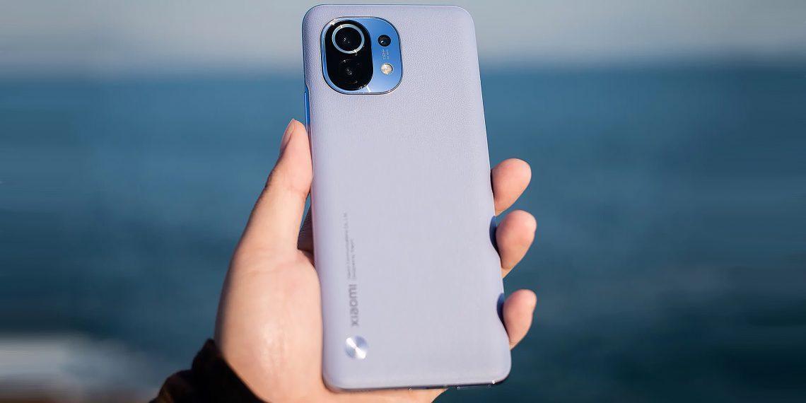 Xiaomi Mi 11 возглавил рейтинг самых мощных смартфонов по версии AnTuTu