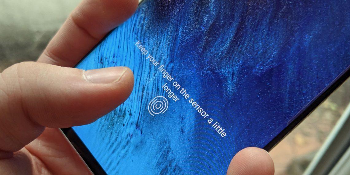 IPhone 13 может получить встроенный в экран сканер отпечатков пальцев