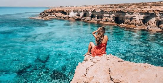 Кипр отменяет карантин для российских туристов