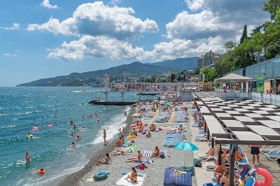 Сколько придётся потратить на приемлемый отдых в Крыму на майские?