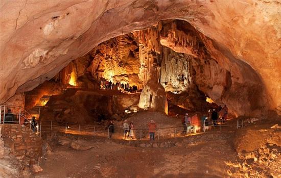 Самые загадочные места Крыма — пещеры, долины, скалы и Стоунхенж