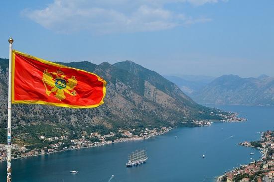 Черногория для туристов, есть положительный сигнал