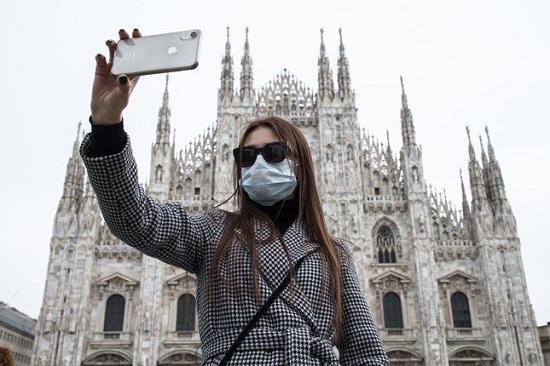 Испания будет платить внутренним туристам по 600 евро