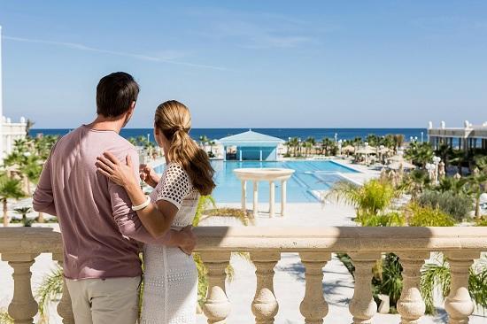 Тунис принял первых туристов, не смотря на отсутствие авиа сообщения
