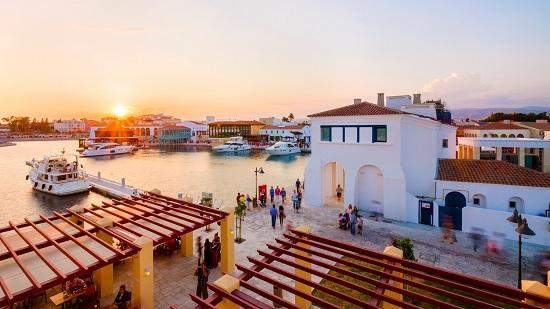 Российский турист на Кипре: локдаун, 4 теста, полицейская проверка, декларация передвижения