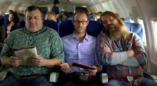 Кто может претендовать на оба подлокотника в кресле пассажирского самолёта?
