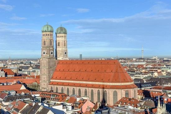 Особенная церковь в Германии — Фрауэнкирхе (Мюнхен)