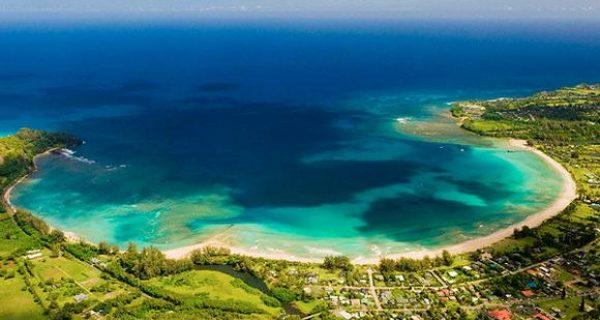 Бухта Ханалеи, Гавайи, США